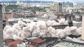 Veja imagens da implosão de prédio no centro de SP