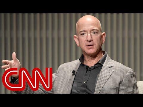 Leaker in Jeff Bezos tabloid scandal identified Mp3