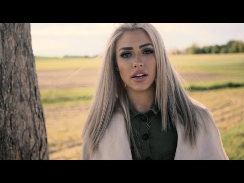 Смотреть клип Verba Ft. Dominika - Chciałam Być