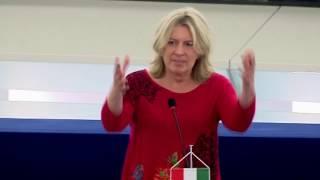 Morvai az EP-ben: Aki tagadja a migráció és a terrorizmus kapcsolatát, hazudik!