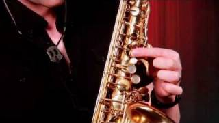How to Hold the Saxophone