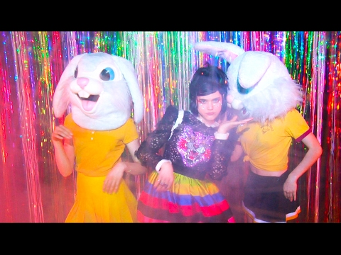 SOKO :: Sweet Sound of Ignorance (Official Video)