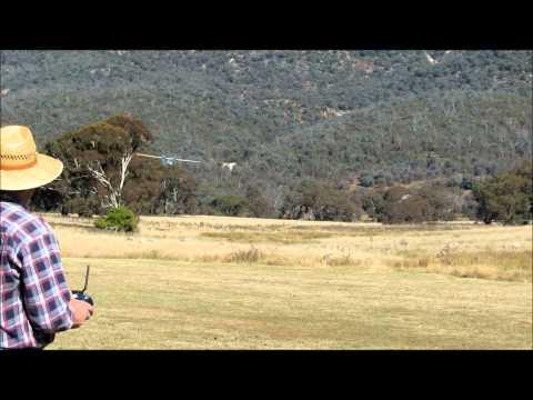 Dynam Catalina landing practice.wmv