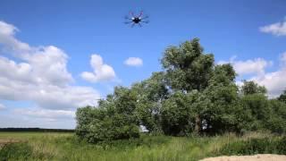 Multicopter from multicopter.ru - test in windy day with Canon 5D MarkkIII(Отрабатывание коптером и подвесом воздействия ветра около 8 м/с в режимах удержания позиции и высоты и своб..., 2014-06-21T19:40:35.000Z)
