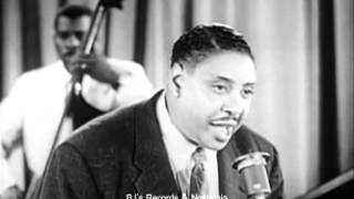 BIG JOE TURNER. Oke-She-Moke-She-Pop.  Live 1954 Performance.