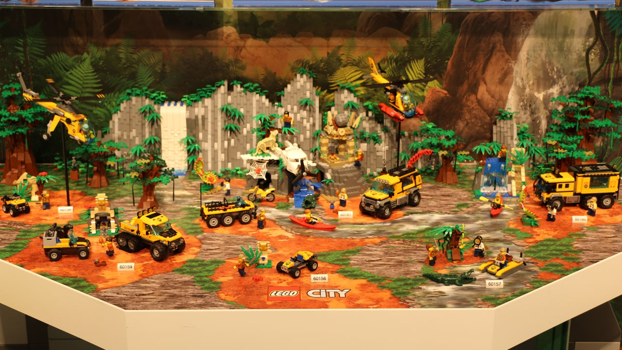 LEGO City Jungle: Summer 2017 sets  Toy Fair - YouTube