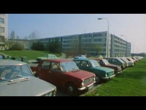 Autá v ČSSR vs. autá zo Ženevy (1990) - YouTube