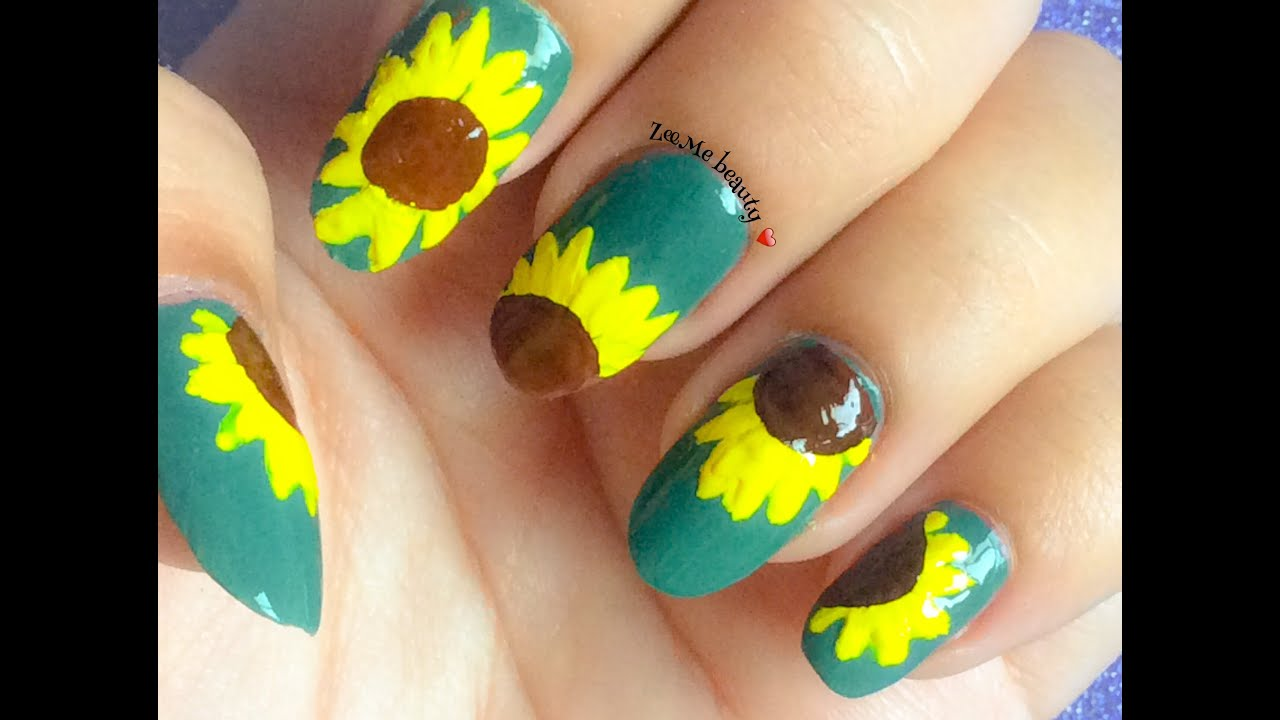 NAIL ART : Hand Painted Easy SunFlowers on a green base  ...