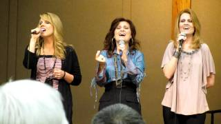 Sisters (Blessed Be the Tie That Binds) 09-23-11 Northwest GospelFest