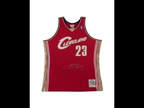 sale retailer 2d4bc bfc12 LeBron James Autographed Jersey Stolen