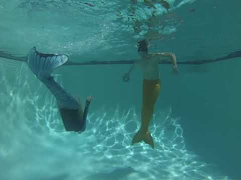 Mermaids Underwater Dancing #3! Merman Adrian and Mermaid Gaz