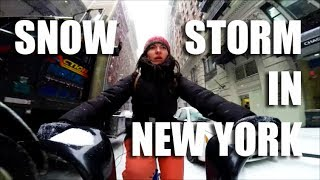 Gambar cover Biking in Snow Storm New York