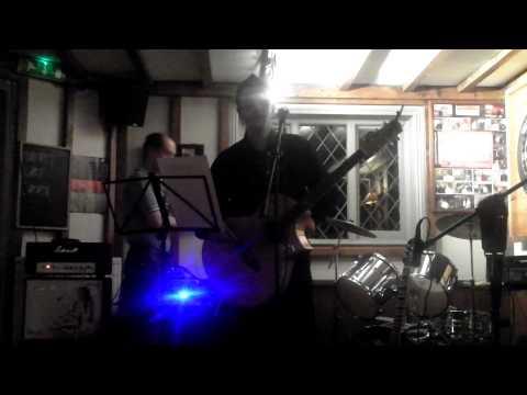 David Warren performing Live at the Flying Dutchman in Hildenborough