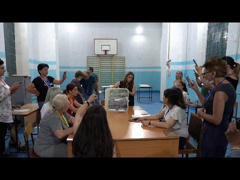 В Армении подводят итоги внеочередных парламентских выборов.