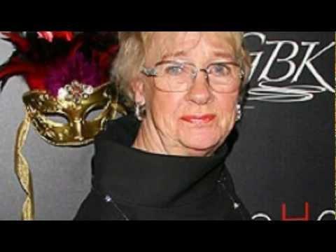 Desperate Housewives Star Dies At 72 Kathryn Joosten