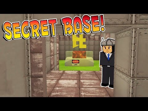 BUILDING A SECRET BASE - Voxel Turf Multiplayer Gameplay Roleplay (Kid Friendly Lego Gaming!)