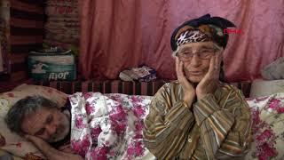 49 yıldır zihinsel engelli ve yatalak oğluna bakıyor