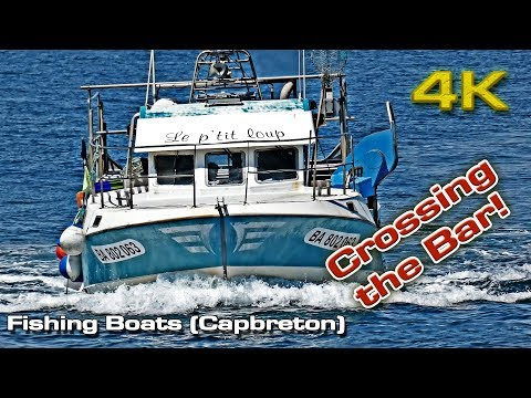 Fishing Boats Crossing The Bar (Capbreton)!