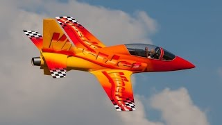 A Must See Stunning 2,5m Viper Jet at Irene Radio Flyers (720 HD)