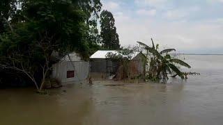 Наводнения обостряют гуманитарный кризис в Бангладеш