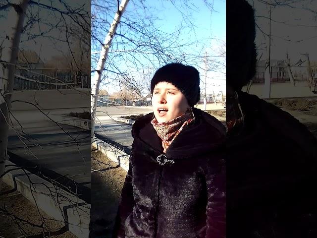 Изображение предпросмотра прочтения – ИринаПугачёва читает произведение «Две души» А.А.Блока