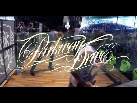 Parkway Drive - FULL SET / Incredible Crowdsurf @ 6:45 (LIVE VIDEO)