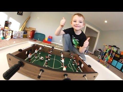 FATHER SON MINI FOOSBALL!Best terrible 3D video