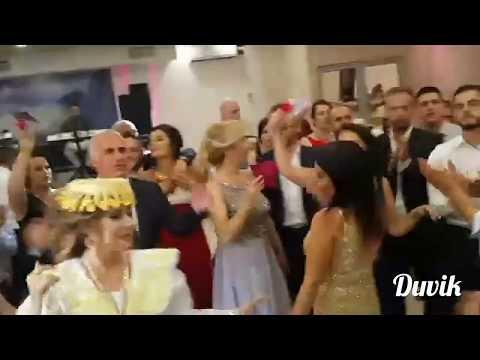 Dasma Shqiptare Ardita Burri & Lindi Lamoja vajza tuj vallzu me prinderit