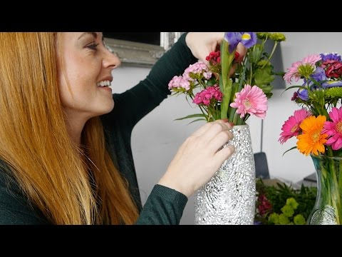 ASMR Flower Power | Arranging Colours & Petals | Soft Spoken✨Room Sounds
