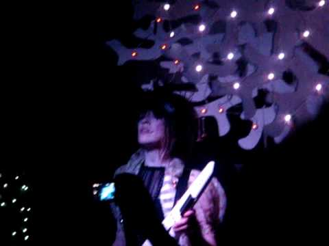 Hide and Seek - Imogen Heap Live in Juice Bar, Auckland