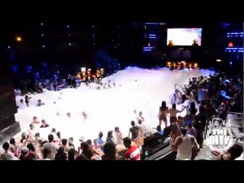 The Largest Foam Party In Cancun