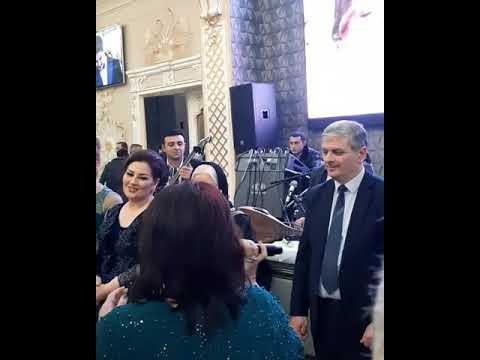 Aybəniz Haşımova ilk dəfə Aynişanın boşanmasından danışdı
