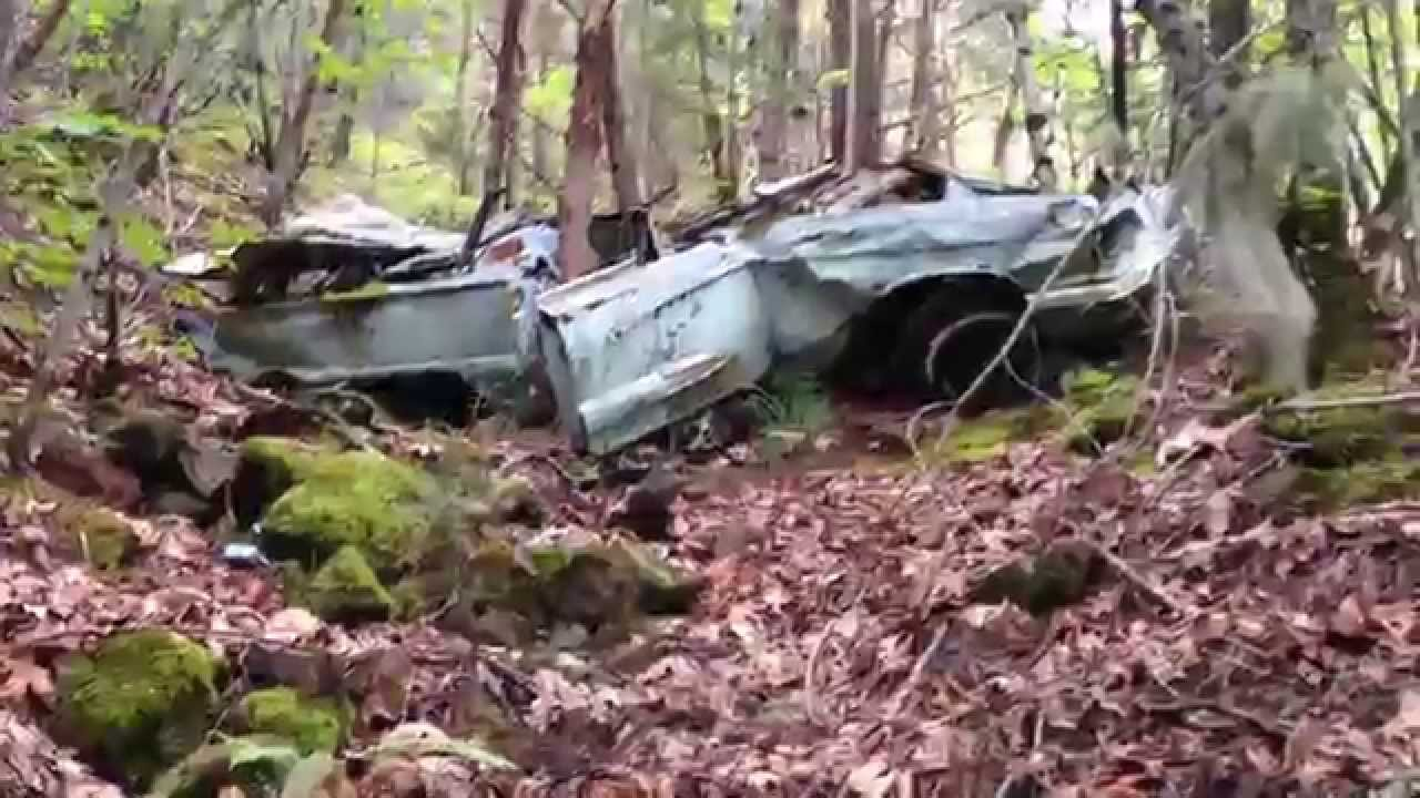 Hiking In Oregon Finding A Random Wrecked Car In The Woods Youtube