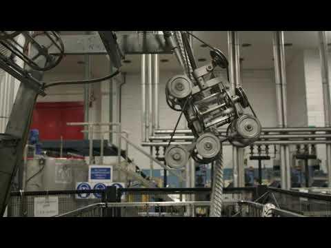 BACKSTAGE NEW COLLECTION 2020 - VIA DELLA SPIGA MILANO from YouTube · Duration:  50 seconds