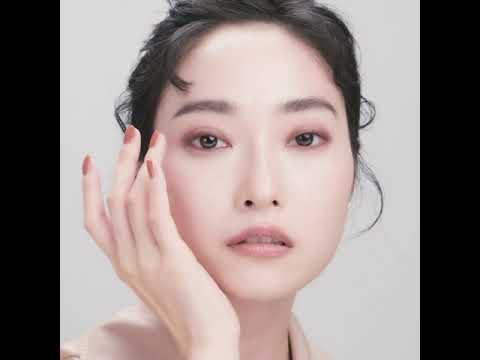 2021 FALL COLLECTION-用眼線筆打造時尚爆棚眼妝