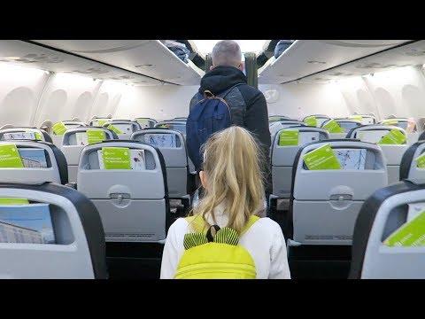 ВЛОГ 🇷🇺 Перелёт на самолете в Сочи S7 Boeing 737-800! Наше жилье 17.11.19