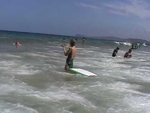 Surf at Killcare