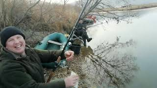 Навага в ноябре простым спиннингом Рыбалка на реке Мандугай