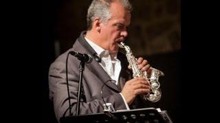 Attilio Berni plays Chega de saudade with two Eb sopranino saxophones