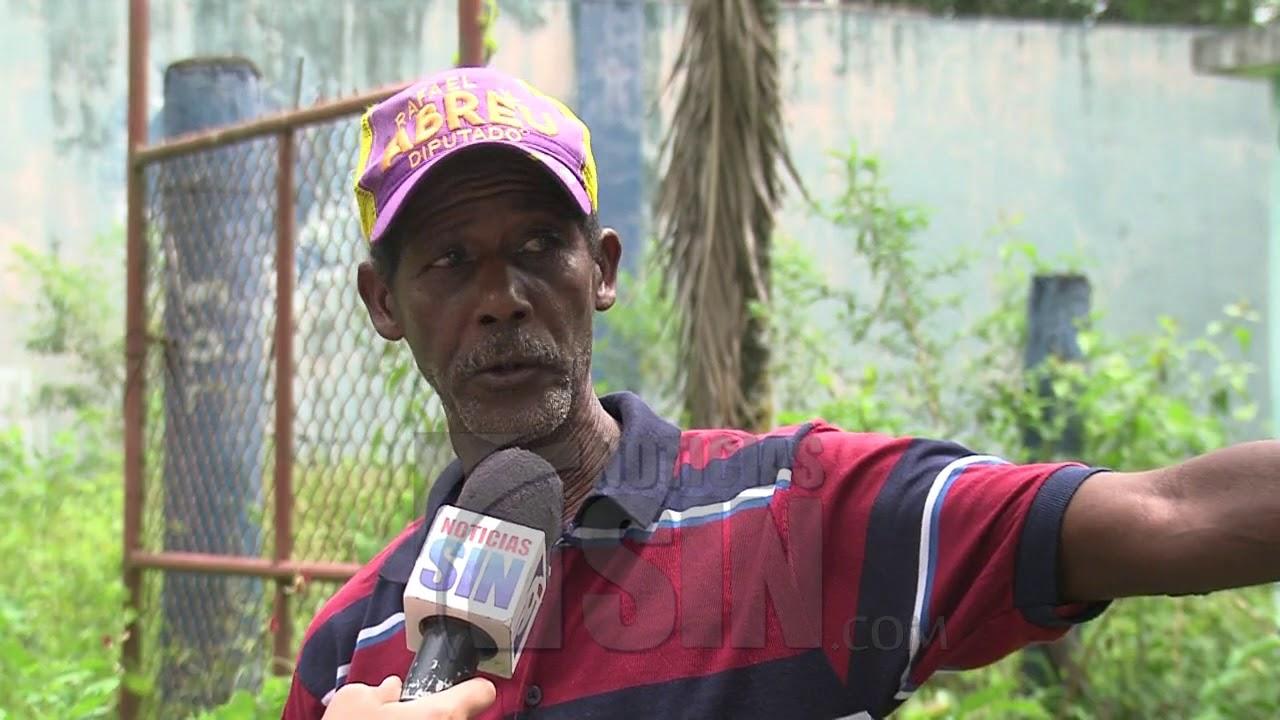 Residentes en Villa Altagracia denuncian deterioro de calles