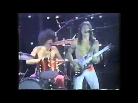 Grand Funk Railroad - Were An American Band (Live)