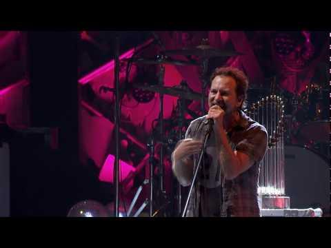 Amanda J - Check Out Pearl Jam Covering David Bowie's Rebel Rebel