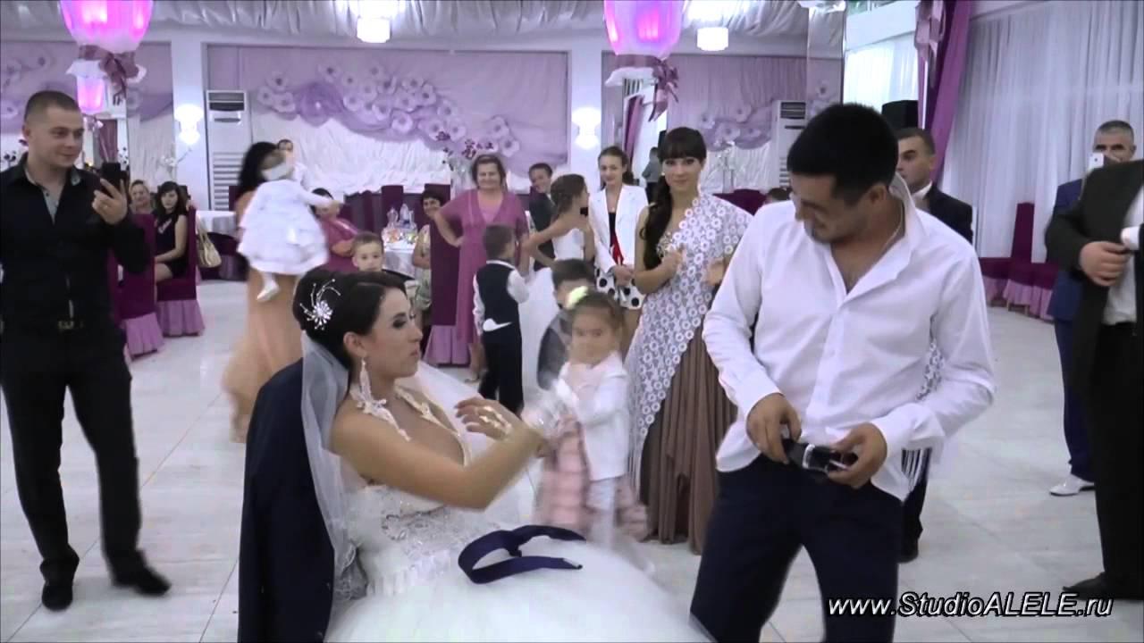 Стриптиз танец