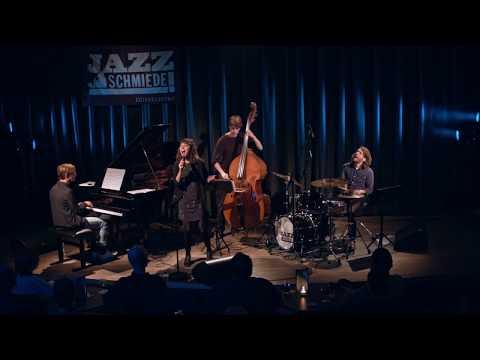 Julia Ehninger Group – I Hide Myself – Live at Jazz-Schmiede Düsseldorf
