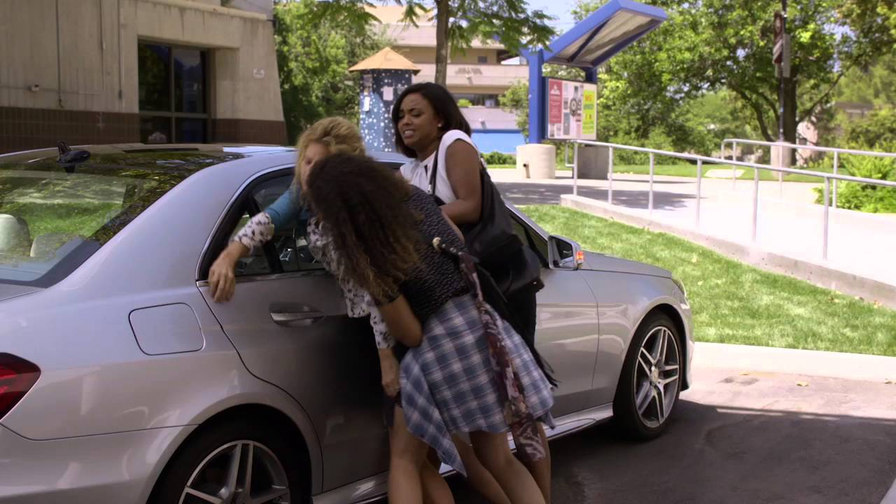 Download Recovery Road 1x10 Clip: Helping Cynthia | Freeform