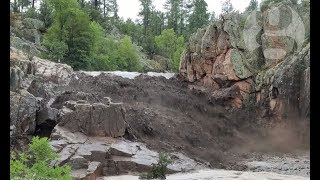 Deadly flash flooding from rainstorm hits Arizona swimming area