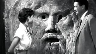 """La bocca della verità. Scena tratta dal film """"Vacanze romane""""."""