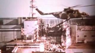 В небе Чернобыля.(Документальный фильм о работе вертолетчиков во время ликвидации последствий аварии на ЧАЭС. Фильм 1986 года., 2010-08-30T21:39:17.000Z)