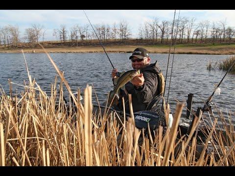Kayak bass austin texas doovi for Fissot fishing kayak