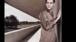 Watch Paul Van Dyk Homage video